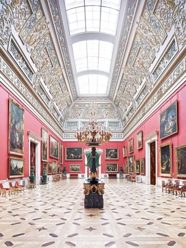 <p><em style=&#34;line-height: 1.5em;&#34;>Hermitage St. Petersburg X 2014</em></p>