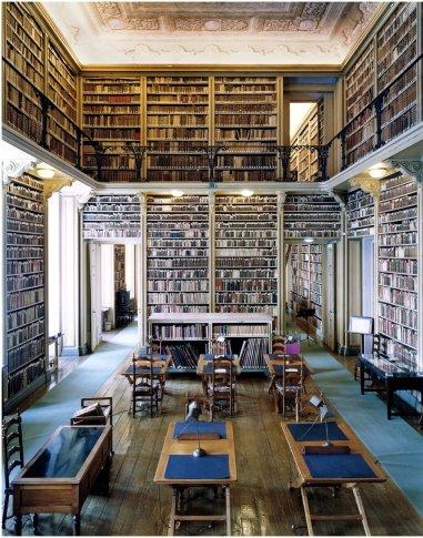 <span class=&#34;artist&#34;><strong>Candida Höfer</strong></span>, <span class=&#34;title&#34;><em>Biblioteca do Palàcio Nacional da Ajuda Lisboa III</em>, 2006</span>