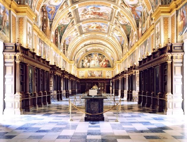 <em>Real Sitio de San Lorenzo de El Escorial XII 2000</em>