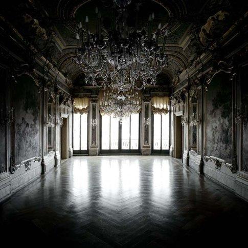 <span class=&#34;artist&#34;><strong>Matthias Schaller</strong></span>, <span class=&#34;title&#34;><em>Controfacciata, Palazzo Papadopoli</em>, 2007</span>