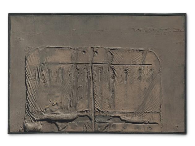 <span class=&#34;artist&#34;><strong>Antoni T&#224;pies</strong></span>, <span class=&#34;title&#34;><em>Tot Marr&#243; Amb Relleu</em>, 1961</span>