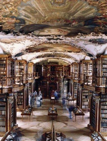 <span class=&#34;artist&#34;><strong>Candida Höfer</strong></span>, <span class=&#34;title&#34;><em>Stiftsbibliothek St Gallen I</em>, 2001</span>