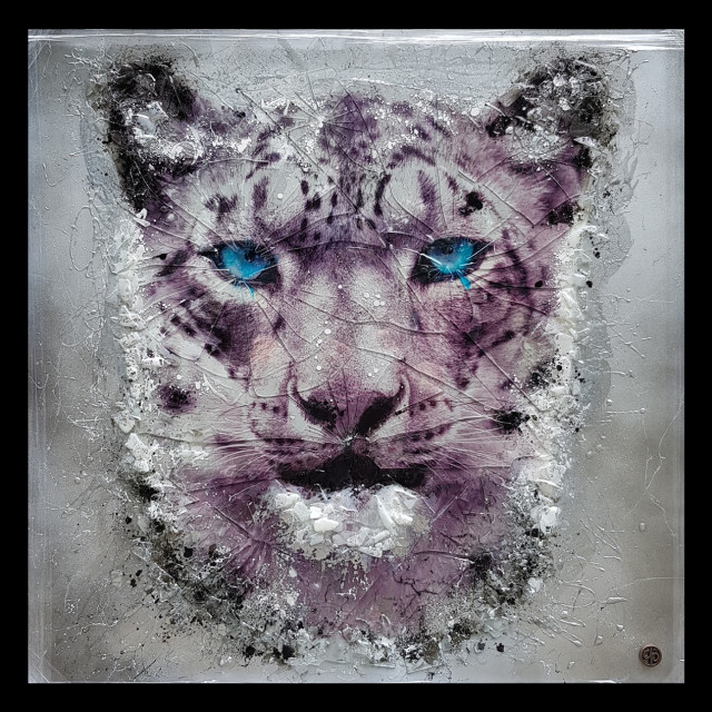 <span class=&#34;artist&#34;><strong>Dan Pearce</strong></span>, <span class=&#34;title&#34;><em>Endangered - Snow Leopard - Black Frame</em>, 2018</span>