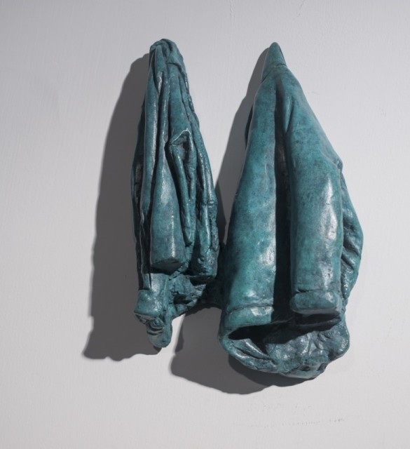 Zhang Ning 張寧, Coat No. 2 外套 No.2, 2003