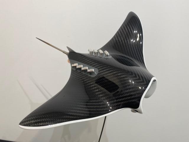 Alastair Gibson - Carbon Art, M Manta