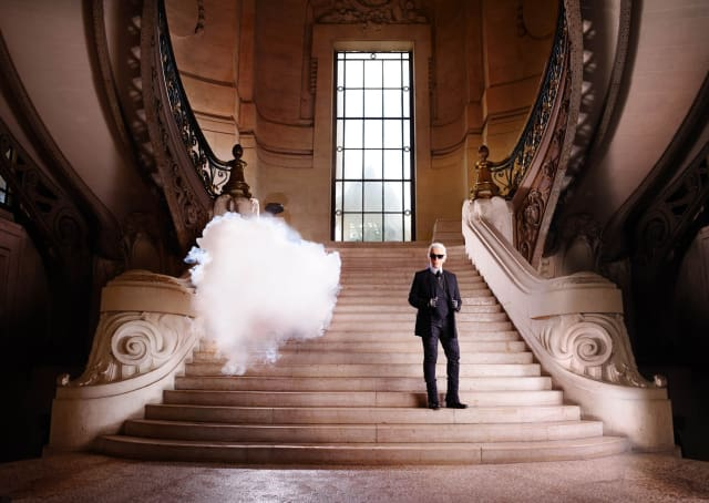 ICONOCLOUDS/Karl Lagerfeld 2013 Simon Procter in collaboration with Berndnaut Smilde