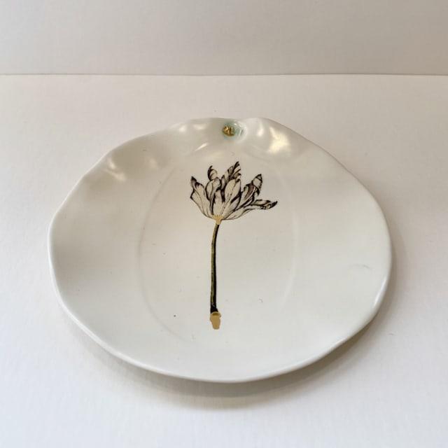 Fliff Carr, Tulip Plate , 2019