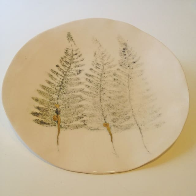 Fliff Carr, Three Ferns Plate, Large