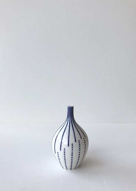 Rhian Malin, Twisted Lines Bottle with Dots 2, Small