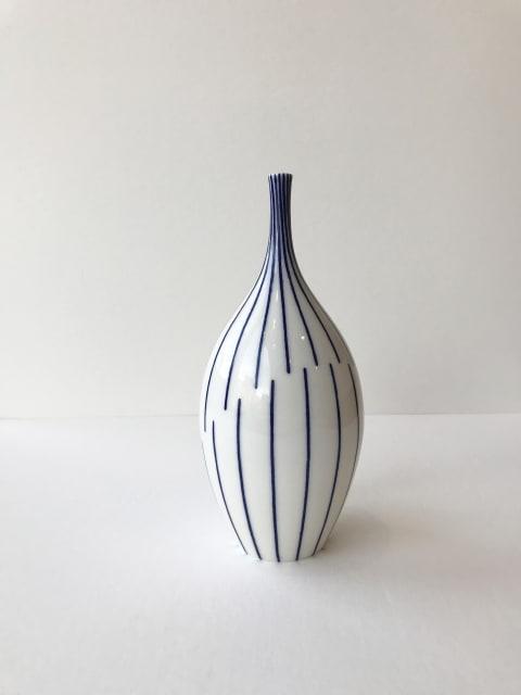 Rhian Malin, Twisted Lines Bottle, Medium