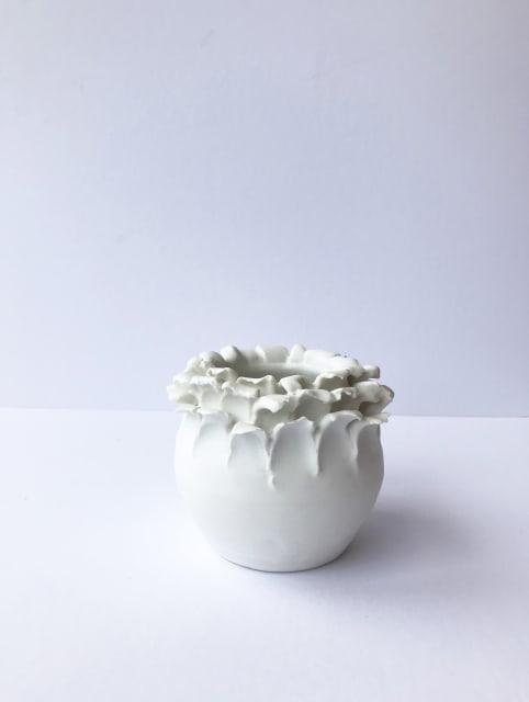 Emma Jagare, Small White Onion Top Vase 3, 2019