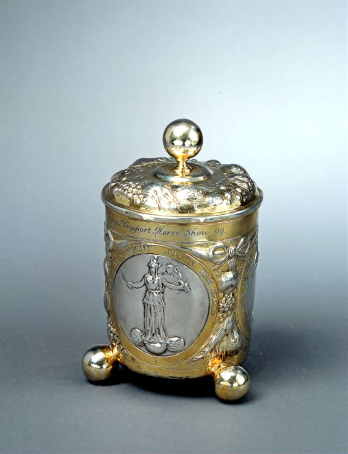 <span class=&#34;artist&#34;><strong>Pillip Jakob Drentwett II</strong></span>, <span class=&#34;title&#34;><em>A repouss&#233; cup with a partially gilt silver cover, decorated with three medallions on the shaft</em>, Augsburg, 1670 circa</span>
