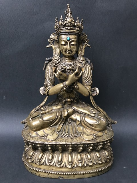 Figure of Vajradhara sitting crossed legs in the lotus position, 15th Century
