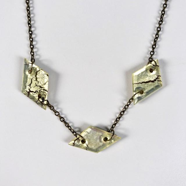 Geometric Glass Strand Necklace - Metallic Crackle