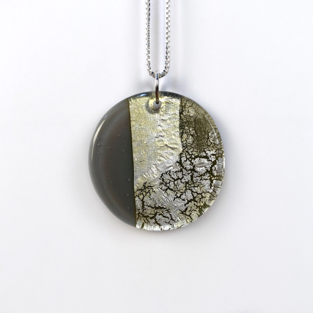 Geometric Glass Circle Pendant Necklace - Gray + Silver Crackle