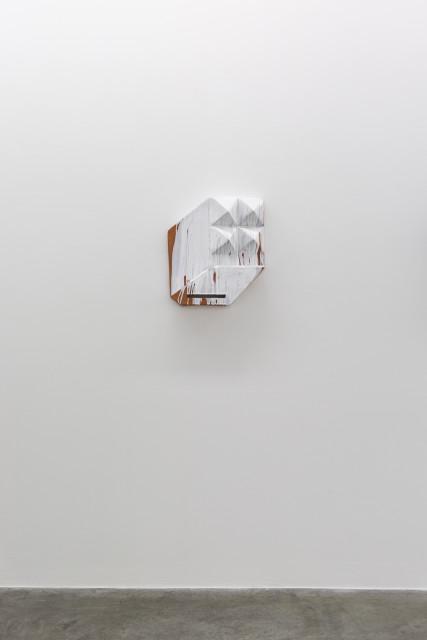 Michael Sailstorfer  MC11, 2017  Ceramic and glaze  54 x 49 x 14 cm  21 1/4 x 19 1/4 x 5 1/2 in