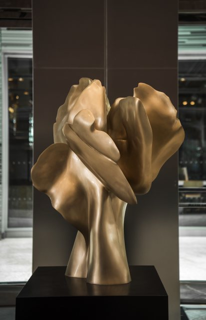 Helaine Blumenfeld Tree of Life: Encounter, 2018 Bronze, edition of 3 Sculpture: 100cm h x 80 x 65 Weight: 100kg Base: black bronze, 80cmx 65x 65 Weight: 110kg