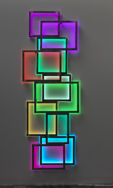 <span class=&#34;artist&#34;><strong>David Batchelor</strong></span>, <span class=&#34;title&#34;><em>Glowstick 10</em>, 2018</span>