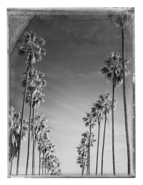 Christopher Thomas Bay Street, Santa Monica, 2015 Pigment print on Aquarelle Arches paper 76 x 56 cm Edition of 25 plus 3 APs 135 x 103 cm Edition of 7 plus 2 APs From the series: Lost in L.A. Signed, titled, dated and numbered in pencil with copyright credit limitation stamp and edition stamp on the verso Signed and numbered in pencil on the recto