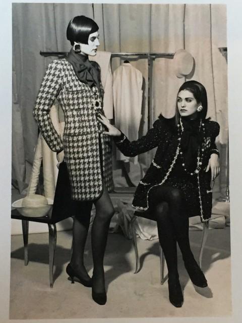 Karl Lagerfeld  Chanel 5, 1990  6 x 9 cm