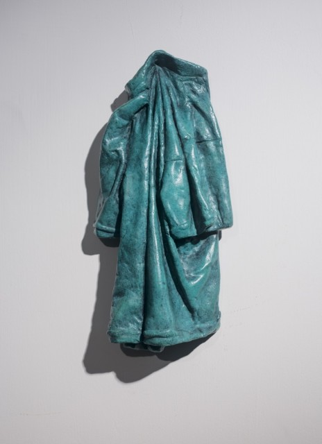 <span class=&#34;artist&#34;><strong>Zhang Ning &#24373;&#23527;</strong></span>, <span class=&#34;title&#34;><em>Coat No.1 &#22806;&#22871; No.1</em>, 2003</span>