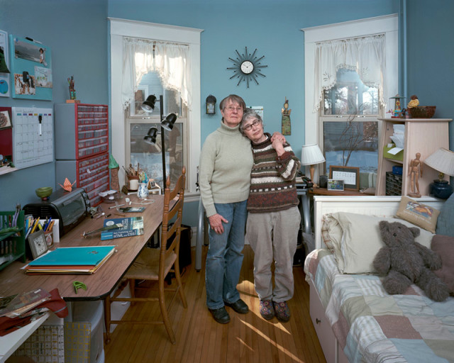 Dona Schwartz  Chris and Susan, 7 Months, 2012  Chromogenic print flush mounted to archival board  20 x 25 inch (50.8 x 63.5 cm) image  25 x 30 inch (63.5 x 76.2 cm) paper  Edition of 15 (#1/15)