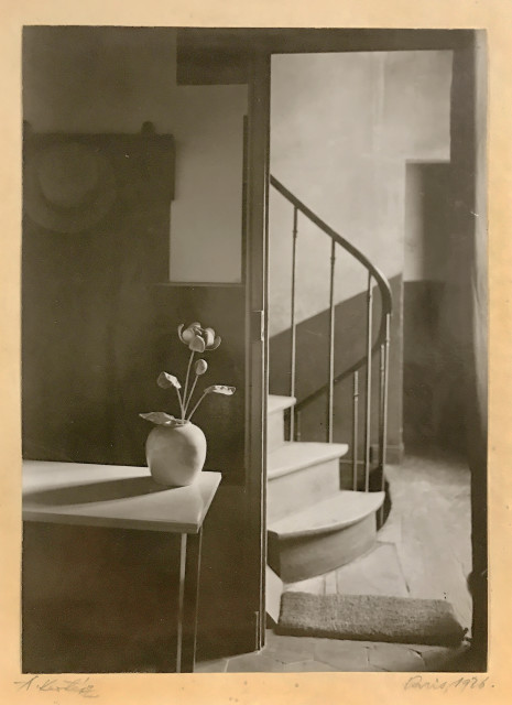 André Kertész Chez Mondrian, Paris, 1926 Gelatin silver print tipped to vellum mounted to period single-ply support 8 ½ x 6 ¼ inch (21.59 x 15.88 cm) print 14 ½ x 11 inch (36.83 x 27.94 cm) support