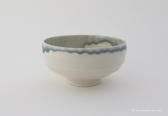 <div class=&#34;artist&#34;><strong>Rebecca Harvey</strong></div><div class=&#34;title_and_year&#34;><em>Bowl with Blue Rim</em></div><div class=&#34;medium&#34;>Porcelain</div><div class=&#34;dimensions&#34;>11 x 20 x 20</div>