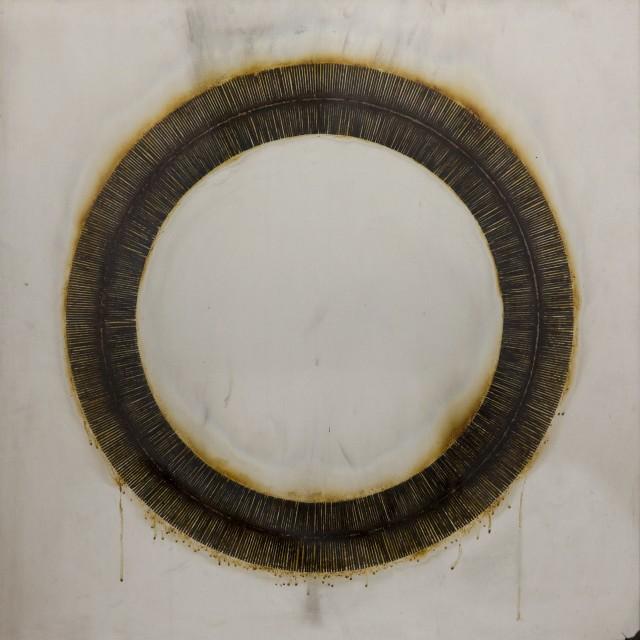 Bernard Aubertin, 1973, Dessin de Feu circulaire,90x90cm, burnT matches on aluminum