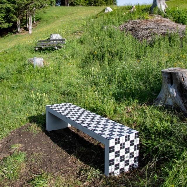 MONIKA GRABUSCHNIGG   Public installation
