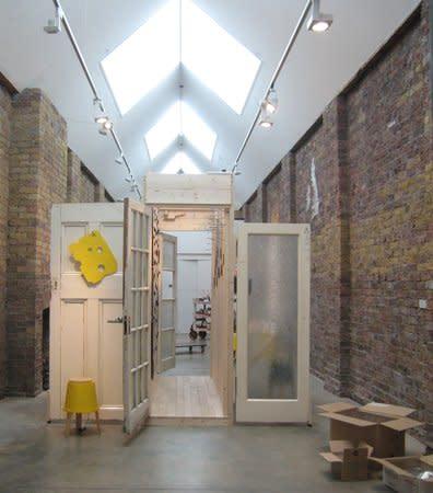 Hans Stofer : Walk the Line, Gallery S O London