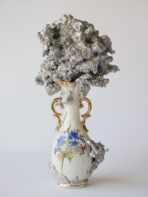 Christian Gonzenbach, Hanabi, 2016. Ceramic, cast aluminum