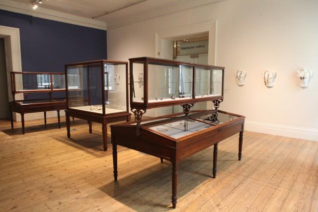 Bernhard Schobinger : Manchester Art Gallery