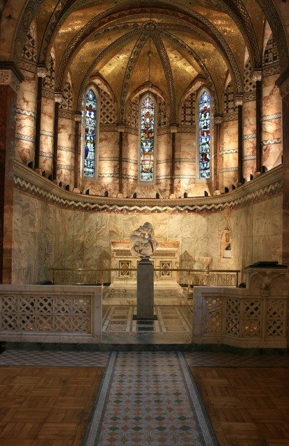 Installation view of Ingleby at the Fitzrovia Chapel 2 Pearson Square, London (2 - 5 October 2017)