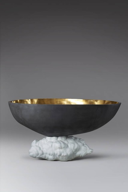 Cai Zhisong, Cloud Boat, Edition 8, Resin, Gold Leaf and Spray Paint, 106 x 197 x 147.5 cm, 2014