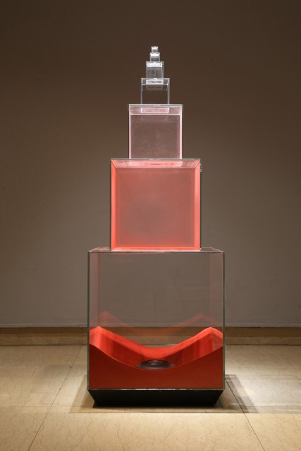 Tang Jie, Dust in Red, Installation, Sand, Glass, Electrical Parts, 161 x 58 x 58 cm, 2015