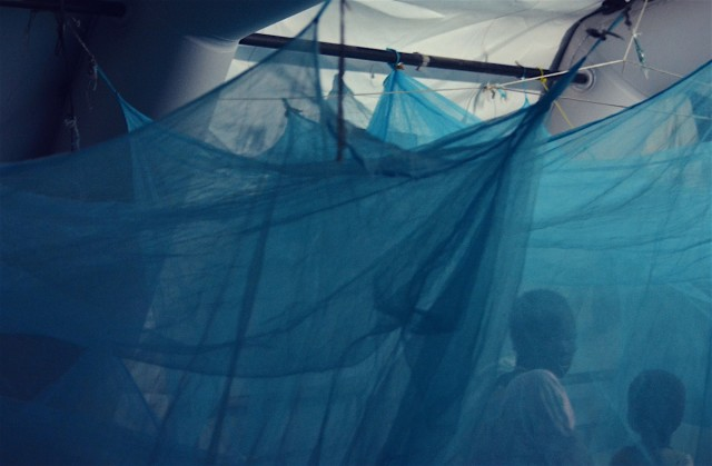 Under the blue skies of Agok #4,在Agok 的蓝天下 #4 Archival print on pvc,PVC 聚氯乙烯上典藏版印刷 38 cm x 55 cm 2018