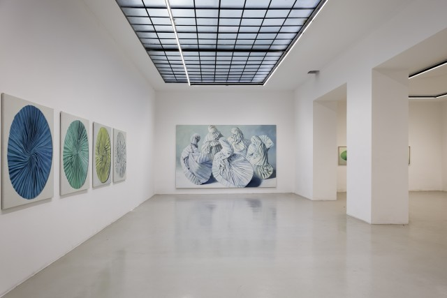 Installation View Alina Kunitsyna, In The Fold, Galerie Lisa Kandlhofer 2017