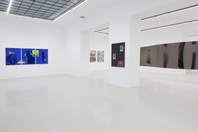 Installation View: Hannah Perry & Simeon Barclay 'IT´S NOT THERE TILL IT´S THERE'