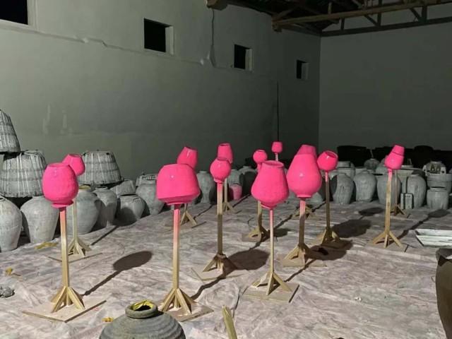 邬建安参展作品《记忆的容器》创作工作现场