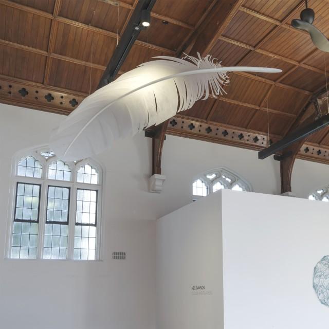 Neil Dawson Feather (Down), 2019 Aluminium, polycarbonate, acrylic tip 2940 x 745 x 345mm