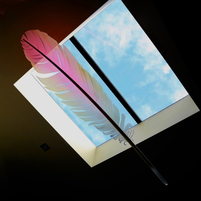 Neil Dawson Kea Down Feather, 2020 Aluminium, acrylic, polycarbonate and automotive paint 1800 x 450 x 200mm