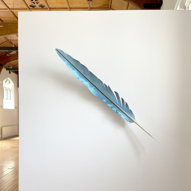 Neil Dawson Macaw Tail Feather Blue, 2019 Aluminium, acrylic and automotive paint 1800 x 200 x 190 mm