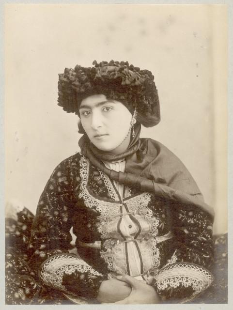 A Kurdish woman