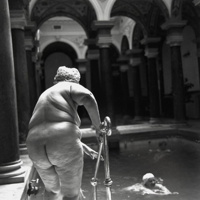 Ruth Kaplan, Mineral Pool, Marienbad, the Czech Republic , 1994