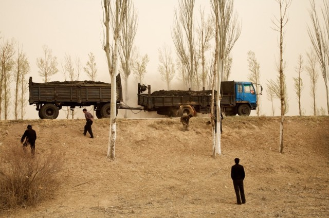Benoit Aquin b. 1963 Bayannur, Mongolie-Intérieure, 2006 Titled, dated and editioned, in pencil, au verso Printed circa 2008 Pigment print on 34 1/4 x 50 1/4 inch (87 x 127.64 cm) archival paper flush mounted to 4-ply archival board 32 x 47 3/4 in 81.28 x 121.29 cm Edition of 10