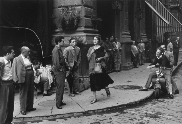American Girl in Italy, Florence, 1951 © Estate of Ruth Orkin