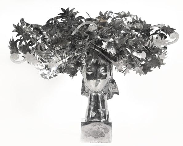 Ada Cabeza con Flores Plateadas