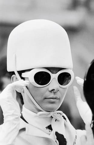 Terry O'Neill, Audrey Hepburn's Hat, 1966