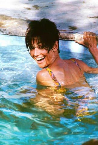 Terry O'Neill, Audrey Hepburn (AH043), 1966
